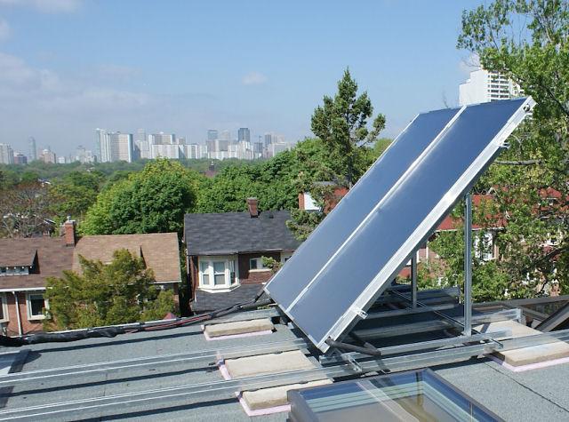 Solar panels on Hampton Ave., Toronto